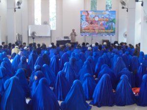 Pesantren Ramadhan dan Pembagian Sembako
